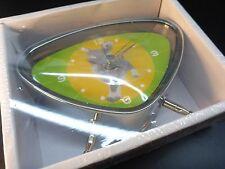 NEU Retro Style Wecker Hund Uhr Tischuhr Kinderwecker chrom grün gelb DOG