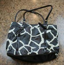Nine & Co - Handbag - Giraffe Animal Print Pattern - Mutli Compartments