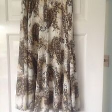 Ladies Skirt From Ellie Louise Size M/L In Very Good Condition