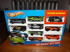 HOT WHEELS GIFT PACK, W / EXCLUSIVE DECORATION PURPLE CAR, 9 CAR PACK, NIP, 2012