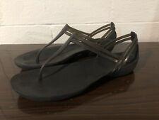 CROCS ICONIC Black Rubber Thong Sandals Women's SIZE 9M