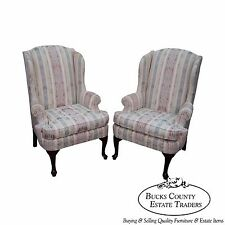 Thomasville Clean Pair of Traditional Queen Anne Wing Chairs