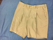 Nike Golf Men's Khaki NIKE FIT DRY Shorts.  Size 38