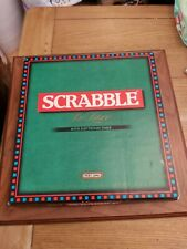 SPEARS SCRABBLE DELUXE 1996 COMPLETE WITH ELECTRONIC TIMER VGC FOR AGE