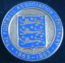 THE FOOTBALL ASSOCIATION Rare 1963 CENTENARY YEAR Badge Button hole 22mm Dia