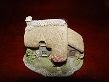 "Lilliput Lane Ltd Collectors Club 1991 Puddlebrook 2 1/4"" T 3"" L 2 1/2"" W"