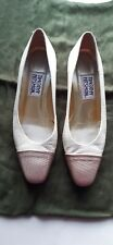 Timothy Hitsman designer women's court shoes. Size 7.5C. Leather. 80s style.