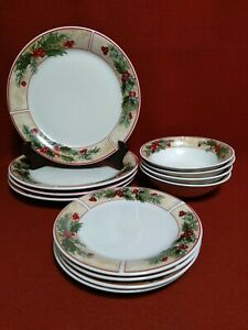 Gibson Everyday Holly Leaves Berries Christmas Holiday 4 Piece Setting