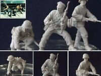 1/35 Resin WWII 3 German Soldiers in Battle Unpainted unassembled BL998