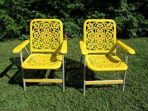 2 Vintage 1970s Mid Century Sun Terrace Outdoor Lawn Folding Chairs Rare Patio