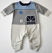 Boys BABY GAP Sz 0-3m Gray Blue Farm Barn One Piece Knit Sweater Romper