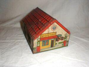 Vintage WYANDOTTE Toys Two-Car Garage Tin Litho Service Gas Station #501 1938