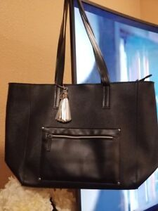 "Bath & Body Works  VIP Tote Black leather Bag  Large Zipper 20"" x 12"""