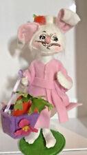 New Annalee Easter Morn Mom Bunny Rabbit Bath Robe Hair in Carrot Roller Doll