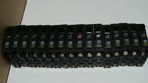 New LOT OF 16  SQUARE D QOB120VH 1P 20A 22KAIC Bolt On CIRCUIT BREAKERS