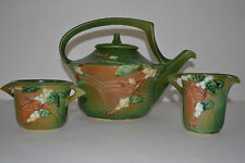 COMPLETE ROSEVILLE POTTERY SNOWBERRY GREEN TEA POT,CREAMER,SUGAR BOWL