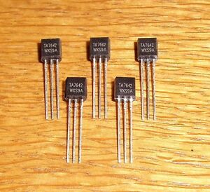5 x TA 7642  ( = 5 pcs = Low Power AM-Radio-IC = ZN 414 = MK 484 )