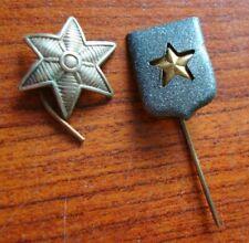 2 kleine militaire vest emblemen