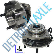 Set (2) New Front Complete Wheel Hub and Bearing Assembly for Chevy Blazer - 4x4