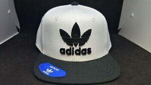 Adidas Boys Youth Hat Snap Back  Ori Trefoil Chain White/Black