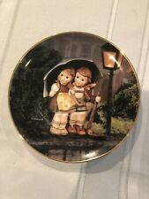 M.I. Hummel Stormy Weather (Little Companions Series) Collector Plate - Mint