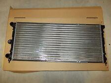 RADIATORE MOTORE VOLKSWAGEN PASSAT 1.6 1,8 MK2 SANTANA GX ENGINE RADIATOR VALEO
