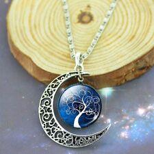 Halskette und Anhänger Mond mit Lebensbaum