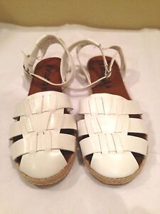 Mudd Sandal Shoes Solid White Size 9.5M