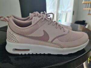 Nike Sneaker   rosa   Größe  40 , UK 6  Topzustand!!!!!! 2x getragen
