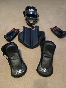ATA Taekwondo Sparring Gear Pads Hands Feet  Chest Head With Face Shield Youth-L