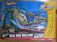 Hot Wheels DINO T-Rex Dinosaur Jurassic Starter Set - Trick Tracks