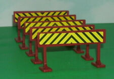 Five 1/25 Scale Roadway Safety Barrier Plastic Accessory Models Toy Barricades