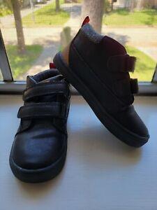 Cat & Jack boys Black sneaker boot size 9 toddler