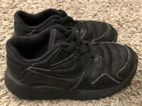 NIKE VICTORY Boys Toddler Black Leather ATHLETIC SNEAKERS  #AT5606 Size 10C EUC