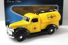 1:18 Solido Chevrolet Citerne PENNZOIL yellow NEW bei PREMIUM-MODELCARS