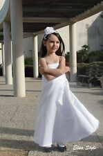 """DAVID'S BRIDAL""  Beautiful Flower girl/ wedding white dress in size 4"