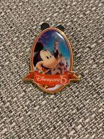Disneyland Paris 15th Anniversary La Fete Continue Mickey Mouse Pin Badge