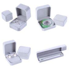 Faux Velours Cadeau Bague Bijoux Pendentif Bracelet Boîte de Présentation