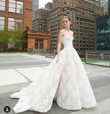 MONIQUE LHUILLIER Ivory Wedding Gown- Size 4 (fits like a 2)