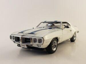 "Danbury Mint 1969 Pontiac Firebird Trans Am  ""Polar White"" 1:24  ""READ"""