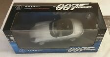 BMW Z8, James Bond 007 - World Is Not Enough, AUTOart, 1/18 Scale, NIB, #70511.