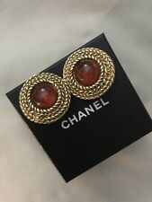 CHANEL EARRING CLIP ROUND VINTAGE PREOWNED IN EXCELLENT CONDITION