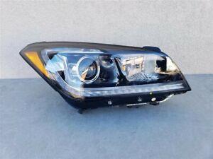 15 16 Hyundai Genesis  HID XENON Headlight OEM