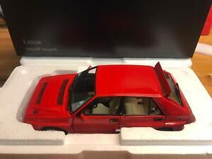 Kyosho Lancia Delta Integrale Evo 2 rossa 1/18 8343R