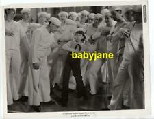 JANE WITHERS ORIGINAL 8X10 PHOTO WITH SAILORS 1937 THE HOLY TERROR