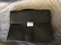 Hugo Boss Briefcase, black leather, incredible condition *broken lock