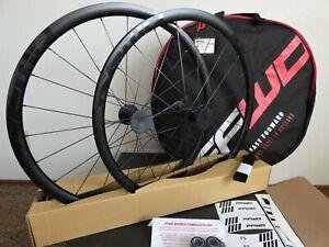 ZHUYU Racing Route Wheelset 700C Double Walled Jantes en Alliage Tambour Carbone V Color : A Frein 7 8 9 10 11 Vitesses Cassette Quick Release Seulement 1600g