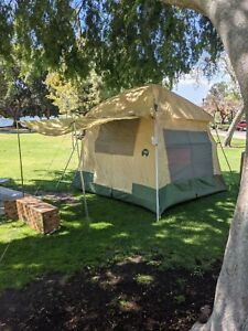 Vintage Coleman Nomad Tent 10x10 8440-800 RARE Very Nice Condition