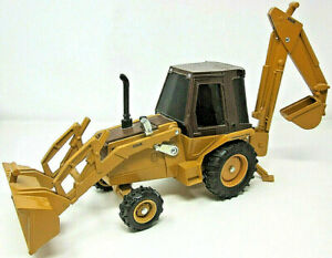 ERTL Construction King 580E 1986 Case Corporation 1:16 Diecast Front End Loader