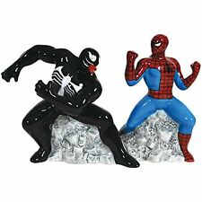 MARVEL COMICS Spider-Man vs Venom Magnetic Salt & Pepper Shaker Set by Westland